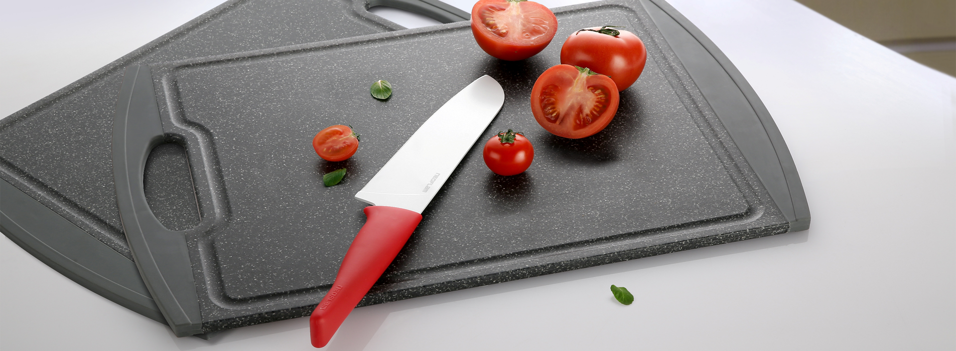 knife-and-cutting-board